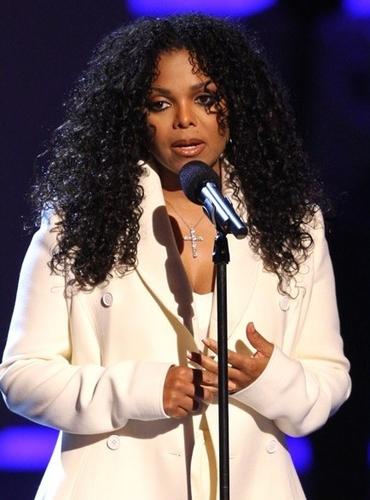 Janet Jackson Speaks Out @ BET Awards w/ MJ tribute #2