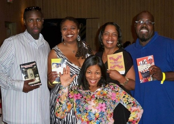 1 Minute HBCU Holla Back Video Series 6th Edition w/ Author Tracie E. Christian
