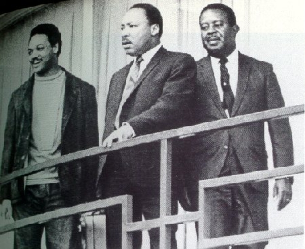 """""""Jesse Jackson Killed Martin Luther King"""". pt.1=4 Steve cokely see video !! (2637 hits)"""